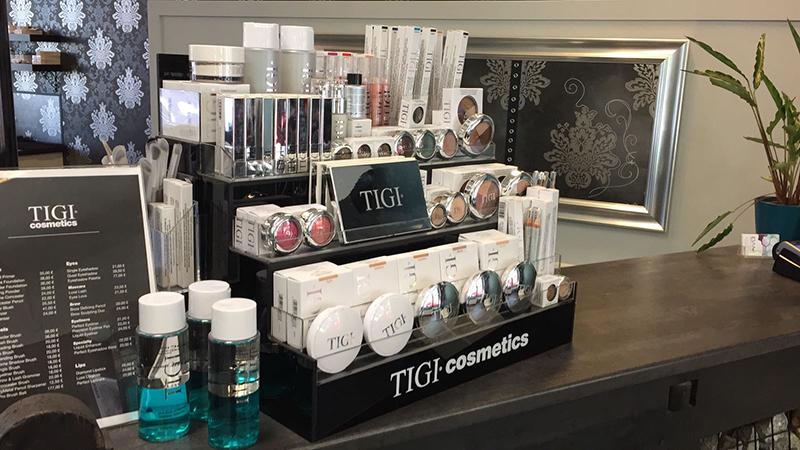 dami-tigi-meikit-mineraalimeikki-luomiväri-huulipuna-meikkipuuteri